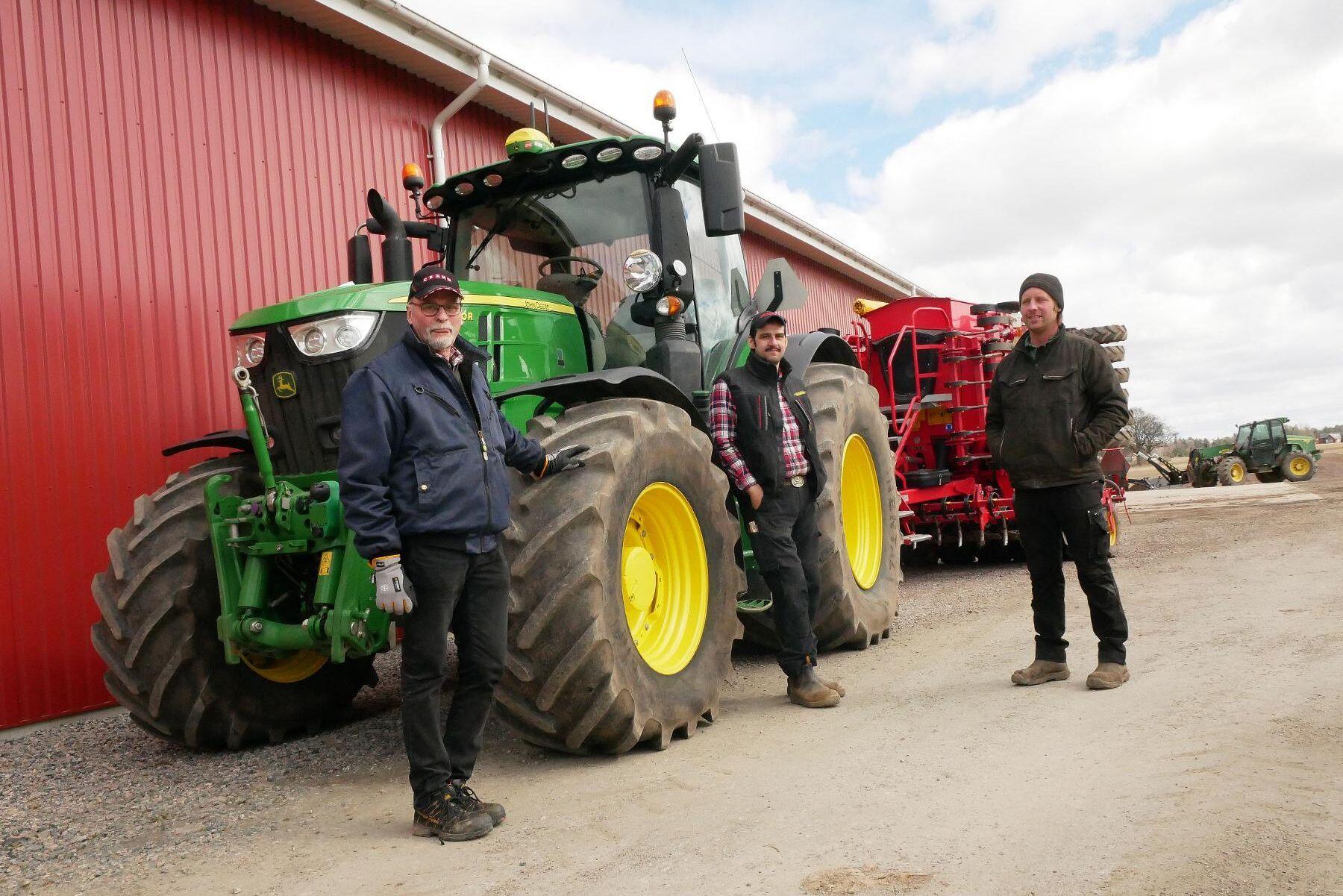 Elof Jonsson, David Bjelke och Fredrik Karlsson är tre av initiativtagarna till Biogas Västra Skaraborg. Föreningen räknar med att engagera lantbrukare i en radie omkring på cirka tre mil runt Vara i projektet.
