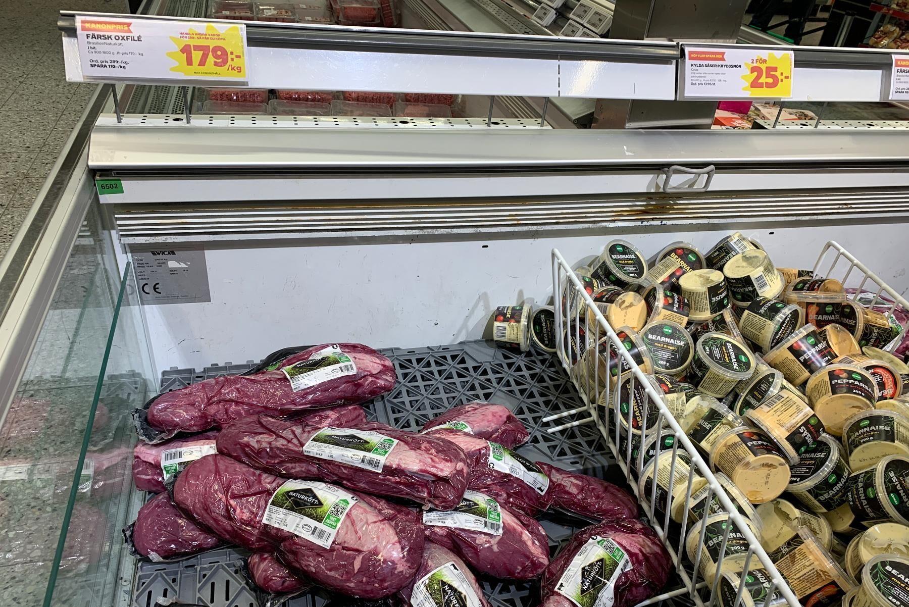 Den brasilianska oxfilén marknadsförs under parollen naturkött, och ska därmed vara noga utvald. Djuren har fått låg antibiotikamedicinering och har fått gå ute stora delar av året. Fina ord som också stämmer väl in på svensk produktion.