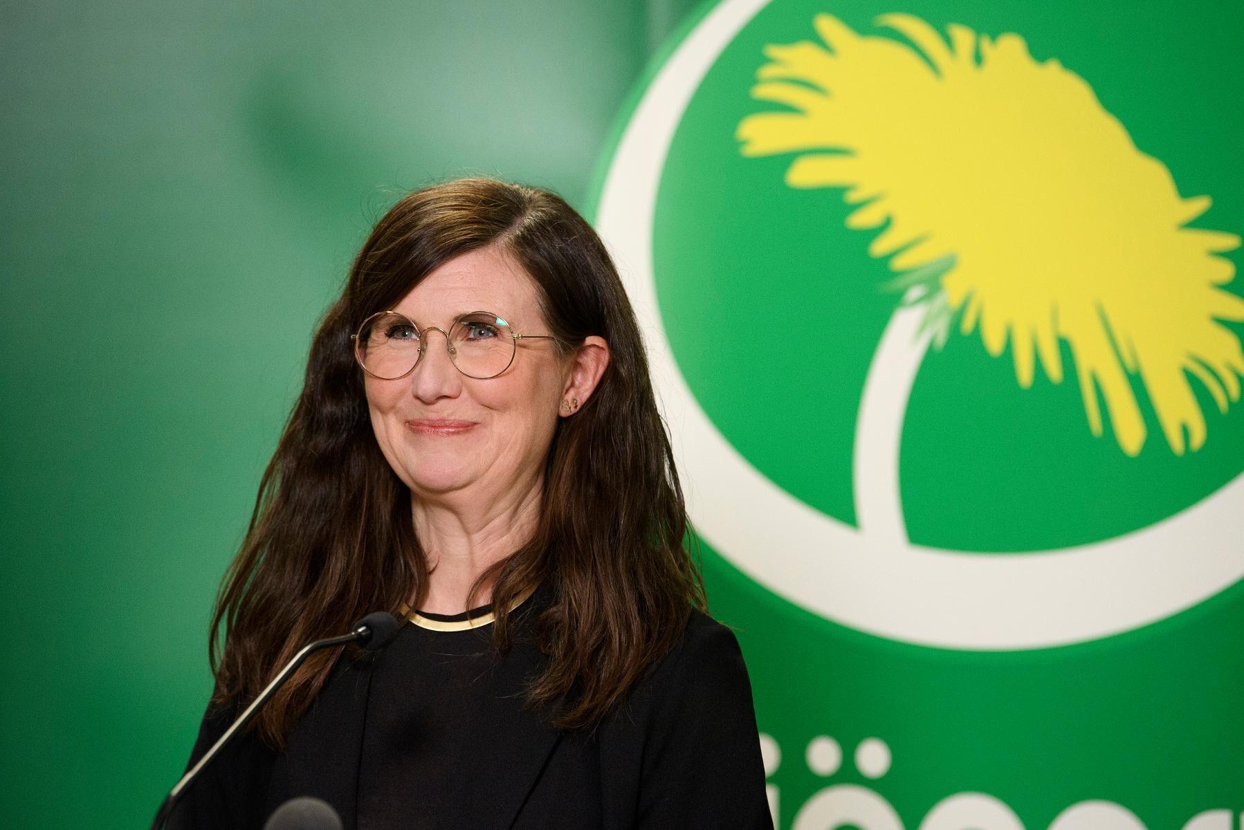 Märta Stenevi håller sin kandidatpresentation under Miljöpartiets extrakongress där hon blev vald till partiets nya språkrör.