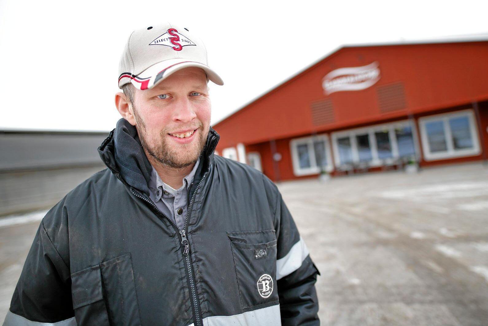 Satsning på mejeriet i Boxholm kommer att behöva både mer pengar och fler mjölkleverantörer på sikt, enligt Anders Birgersson, en av Glada bondens grundare.
