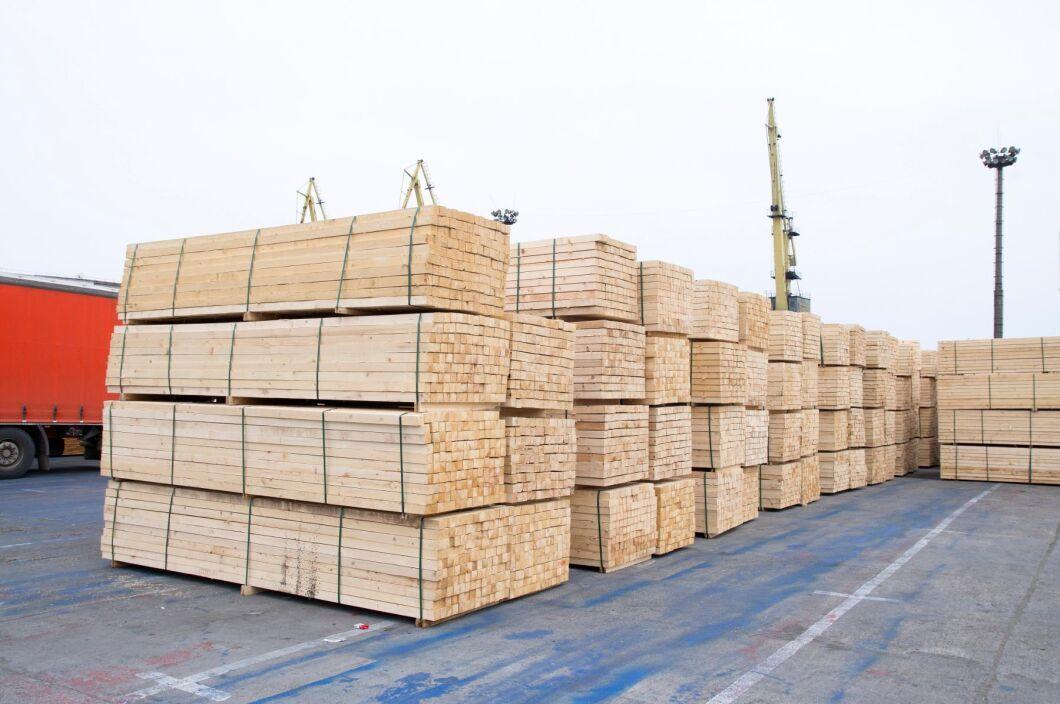 Tanken är att de parter som gör affärer genom Timber Exchange ska kunna se var de sågade trävarorna befinner sig i realtid under transporten.