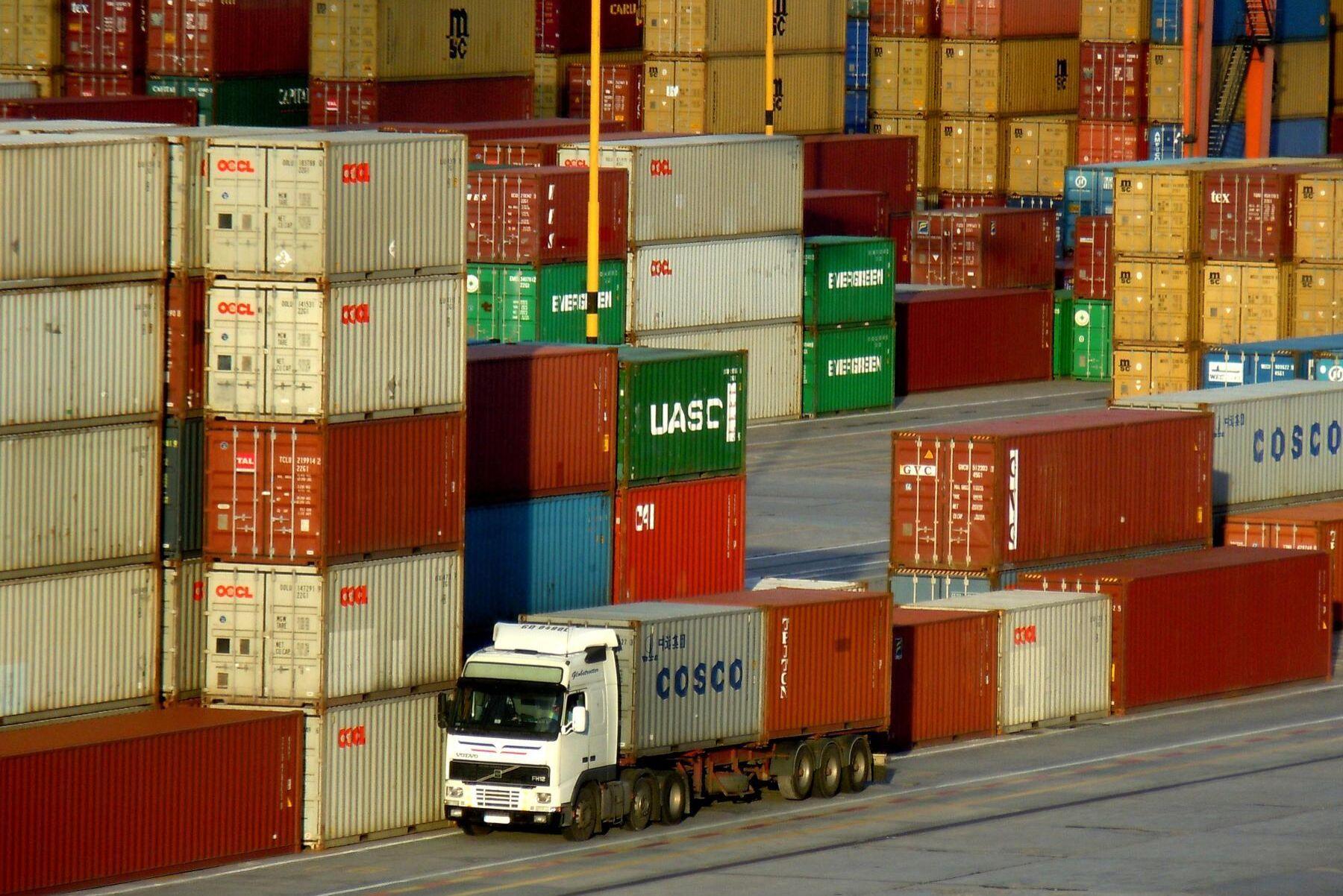Både export och import av jordbruksprodukter väntas öka med de handelsavtal som EU nyligen har slutit och har under förhandling.