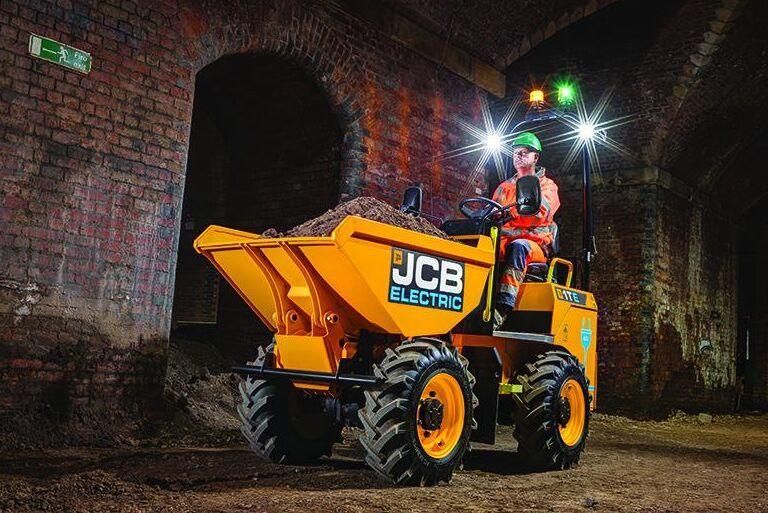 JCB presenterade också en helt ny eldriven hjuldumper på gårdagens event.