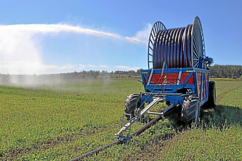 Bevattningssäsongen är redan i gång i södra Sverige.