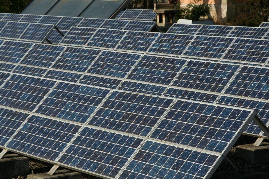 I fjol stod förnybart för 12,1 procent av elproduktionen globalt, vlket är en fördubbling på tio år.