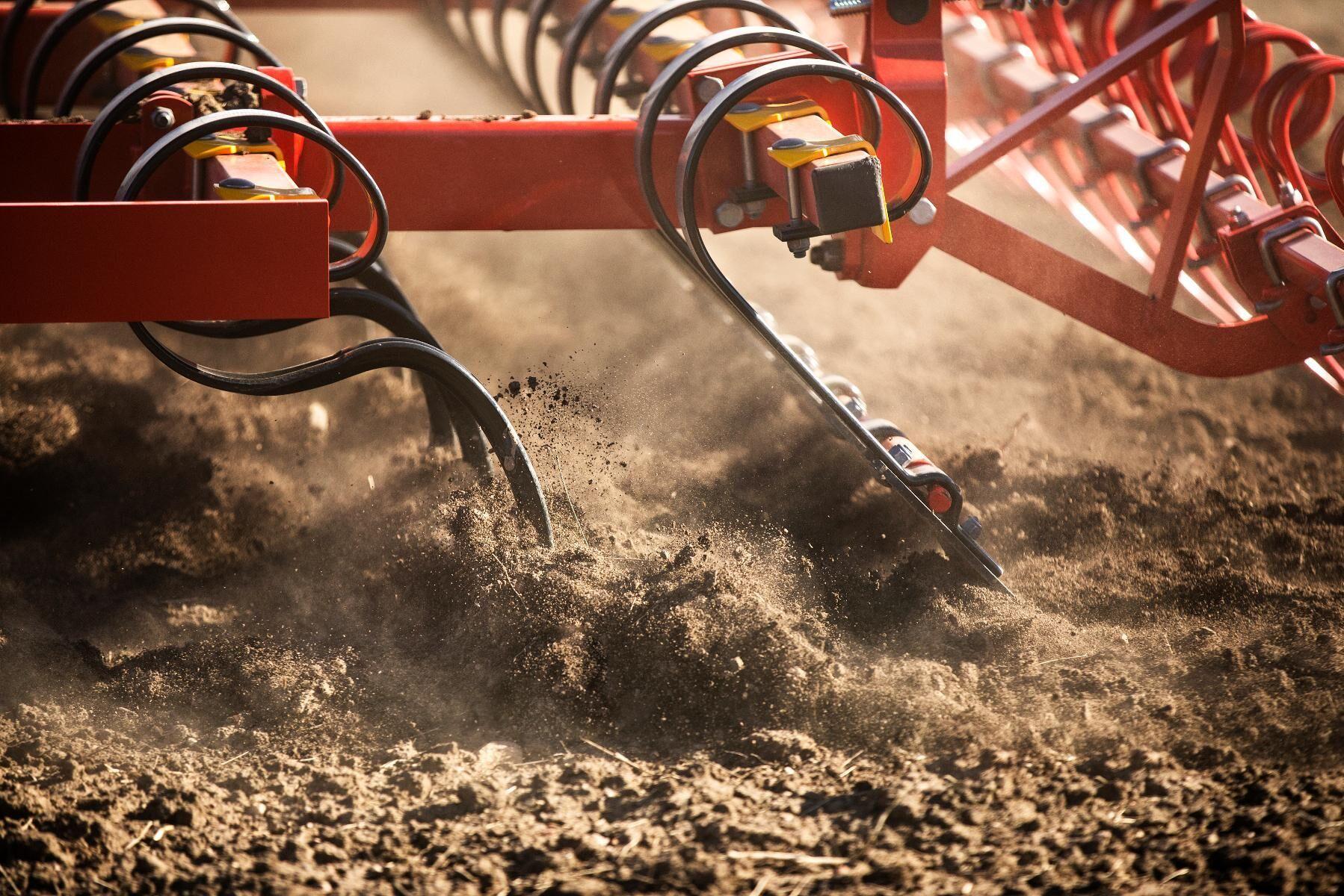 Den spetsiga formen ska fungera bra på jordar med mycket lera.