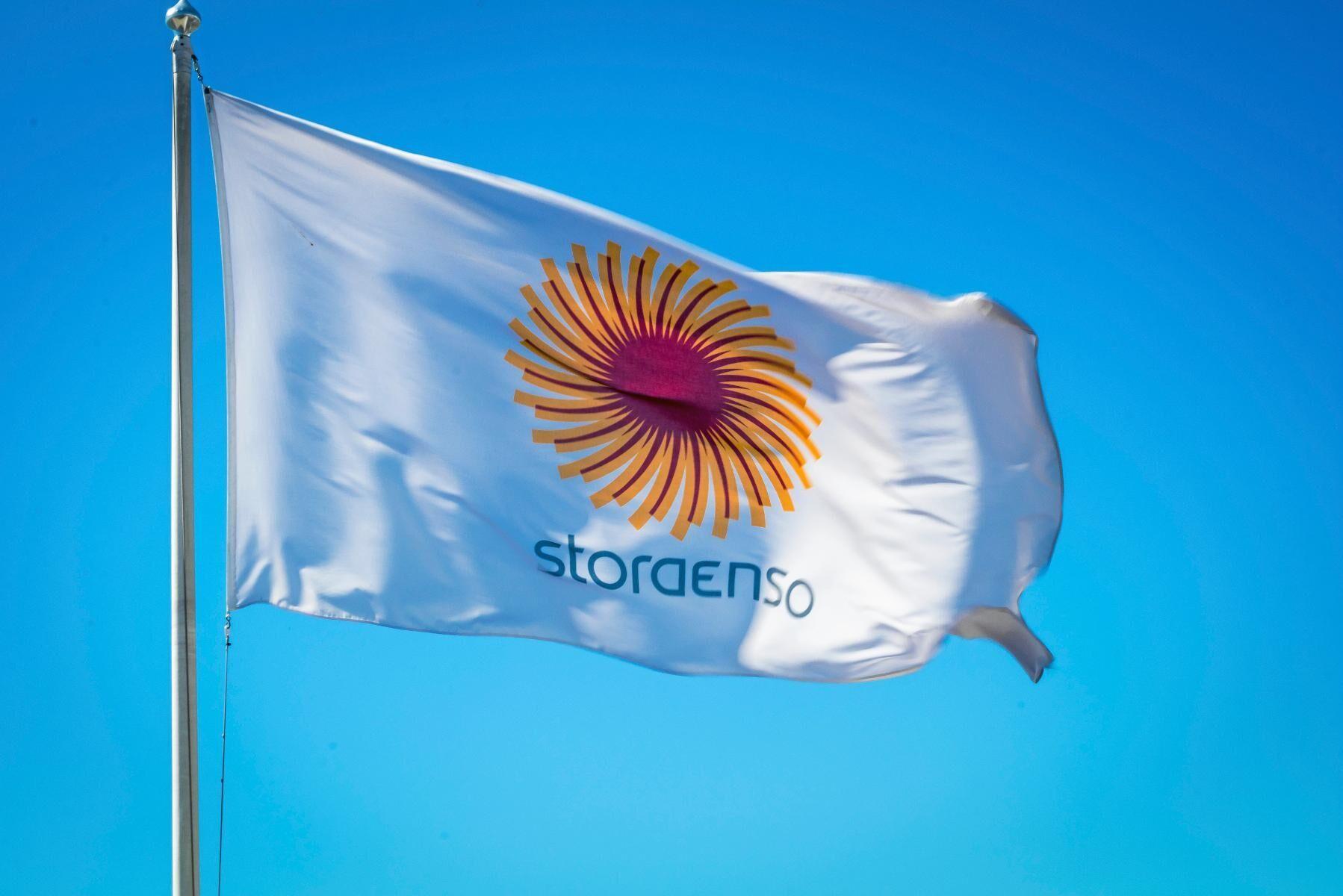 Stora Enso överväger en investering på mellan 8 och 9 miljarder kronor i ökad kapacitet för massa och kartong vid Skoghalls bruk.