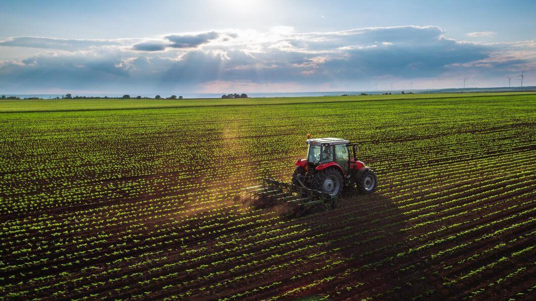 Forskarna säger att deras tolv jordbrukartyper ska ses som stereotyper, vars motsvarighet inte nödvändigtvis existerar i verkligheten.