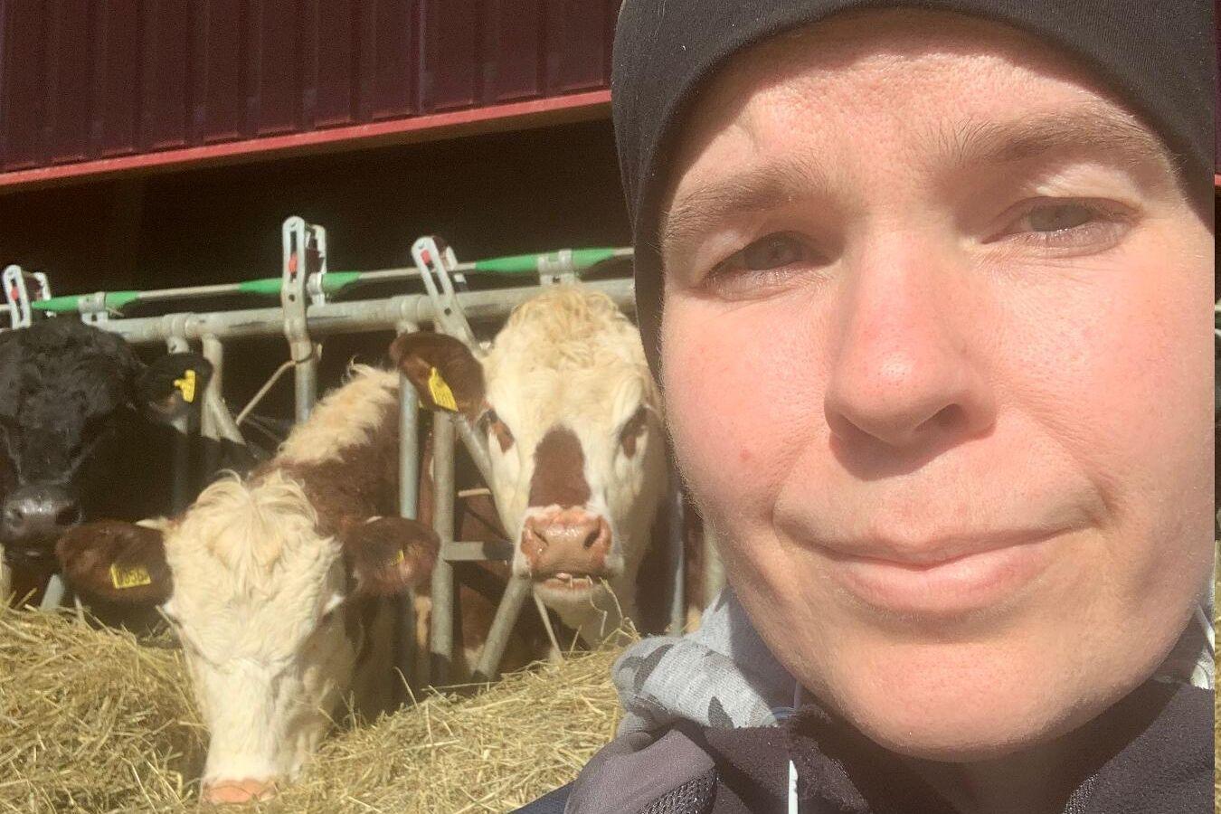 Jenny Töllborg driver Lillegården Kött och chark i Marks kommun. Gården bedriver ekologisk dikoproduktion med korsningar Angus/Hereford i huvudsak.