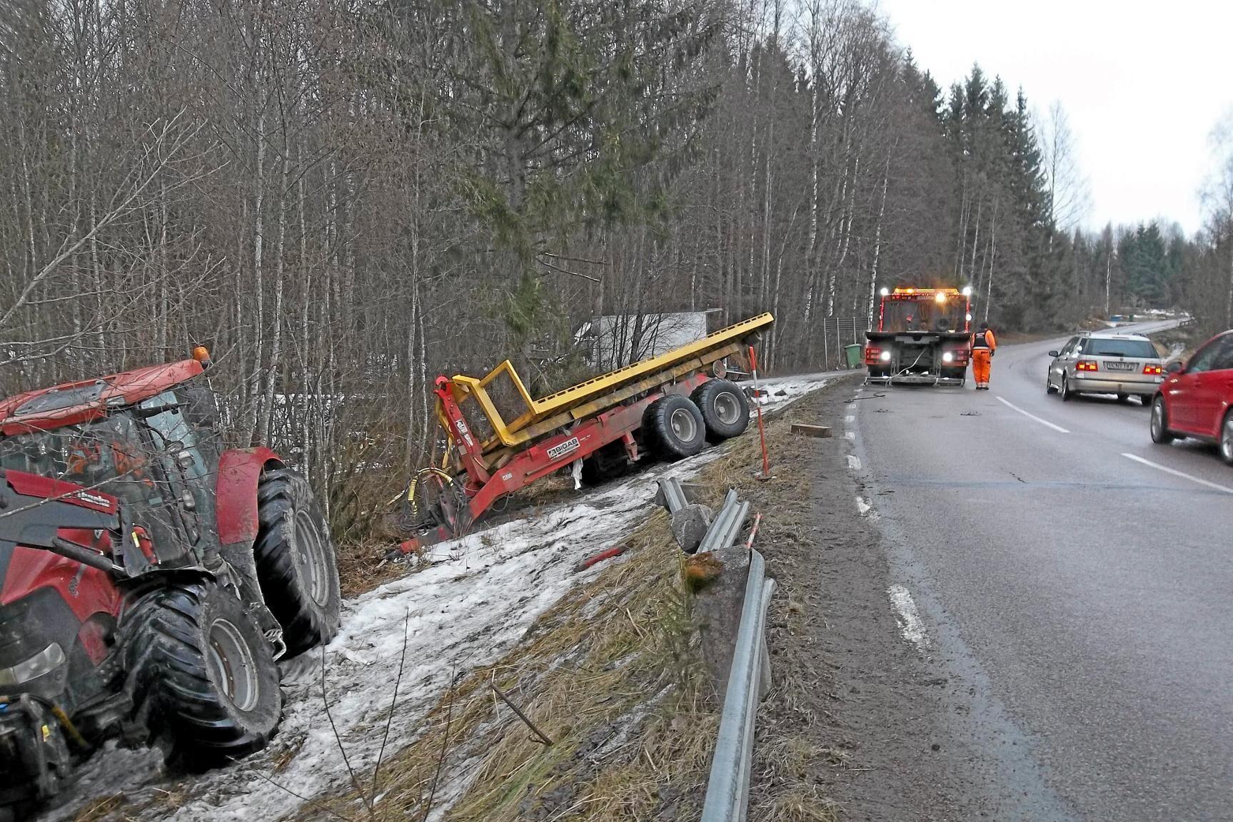 Instrumentbrädan på Sven Täppers traktor blinkade som en julgran, motorn dog och bromsarna slutade fungera.