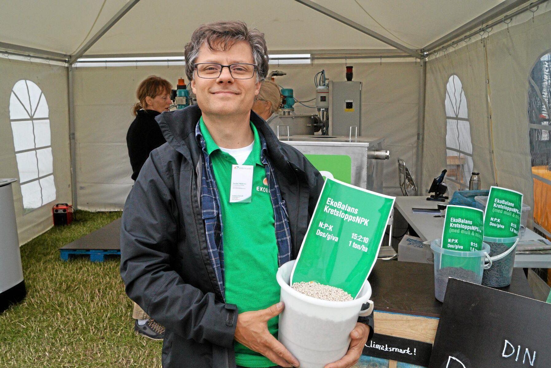 Gunnar Thelin har utvecklat teknik för att göra NPK-gödning av rötrester, slam och organisk gödsel.