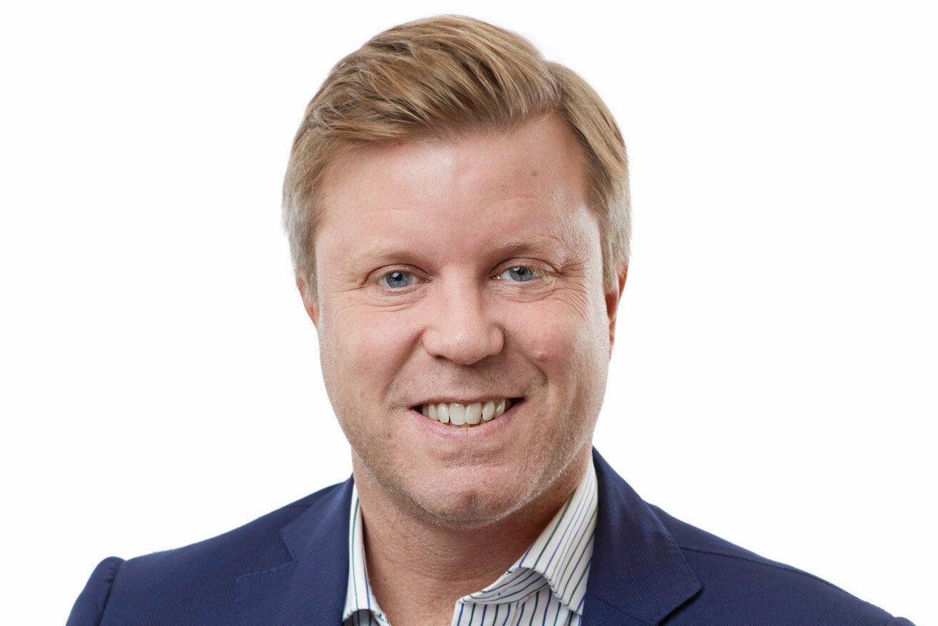 – För att få en lönsam lantbruksverksamhet i dag krävs väldigt mycket kapital, stora gårdar och stora arealer, säger Mattias Nordqvist, professor i företagsekonomi på Internationella Handelshögskolan i Jönköping.