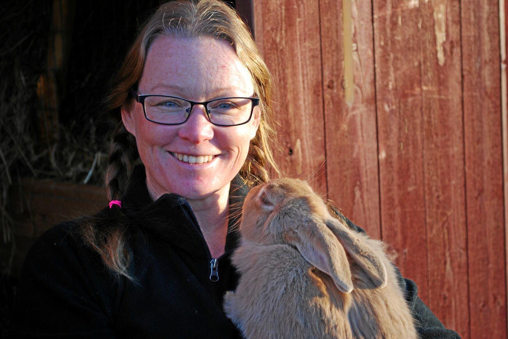 Malin Sundmark, ordförande i föreningen Sveriges kaninproducenter.
