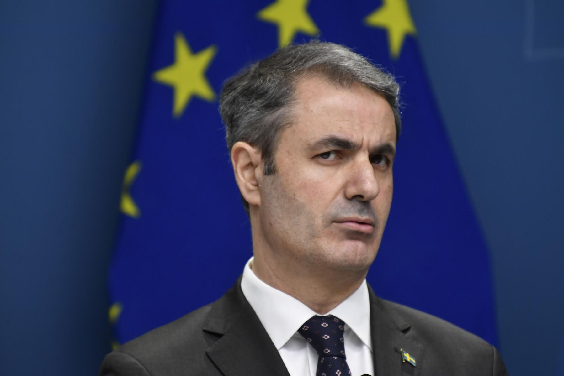 EU bör göra det lättare att få ge långsiktiga skatteundantag till grödbaserade biodrivmedel, tycker näringsminister Ibrahim Baylan (S) (arkivbild).