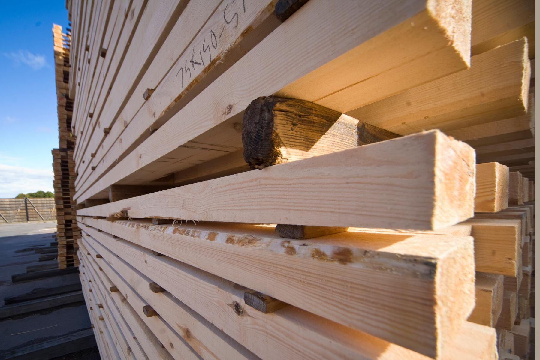Den svenska exporten av sågade trävaror har ökat på många av de största marknaderna, förutom Storbritannien.