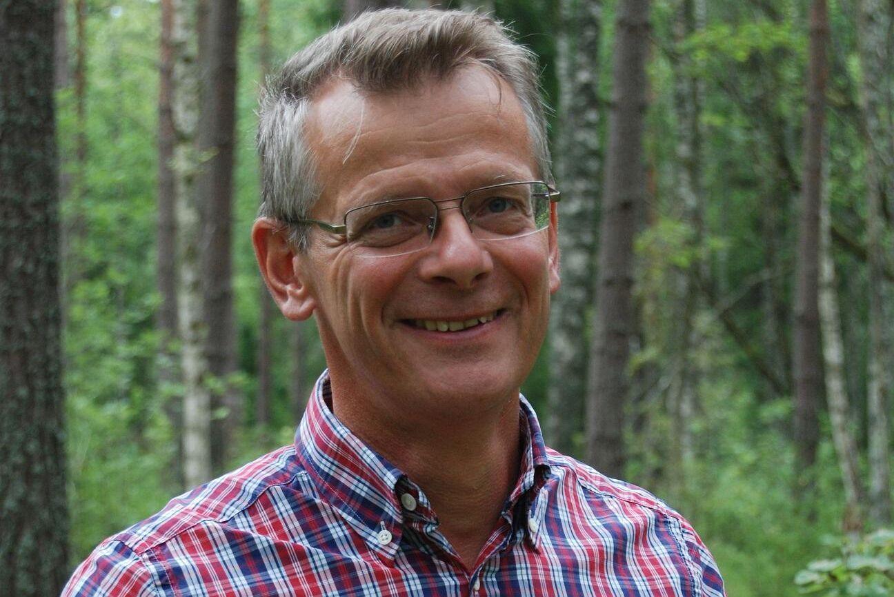 – Bli inte desperat om du missar tre budgivningar. Din gård och tid kommer, menar Johan Freij, expert på lantbruk och skog hos Danske Bank.