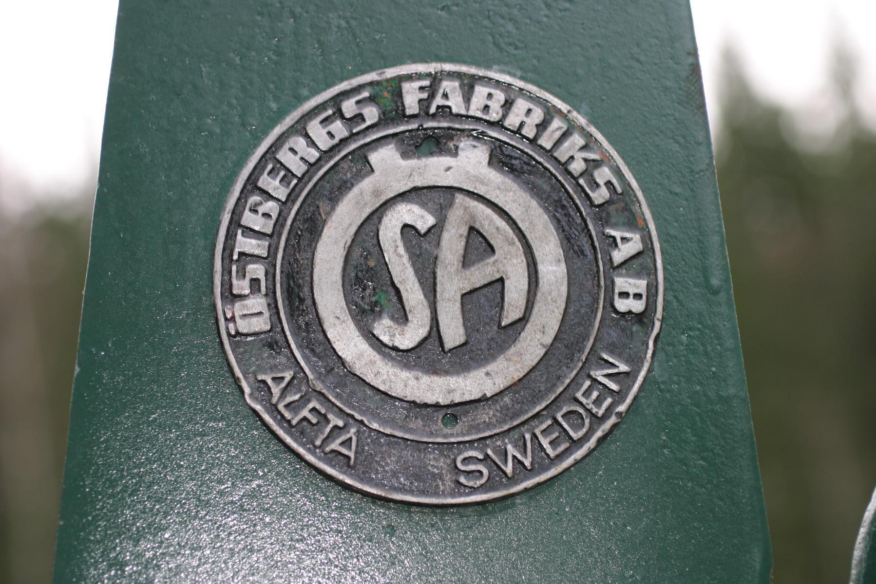 Bamse byggs av ÖSA, Östbergs Fabriks AB, i Alfta och totalt byggs 732 exemplar mellan 1957 och 1964.