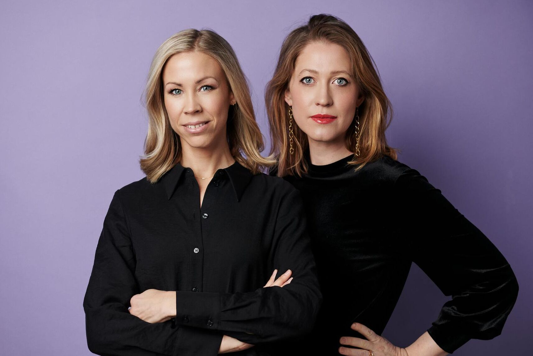 """Evelina Bonnier och Emma Heikensten har skrivit rapporten """"Vem äger marken du går på?"""""""