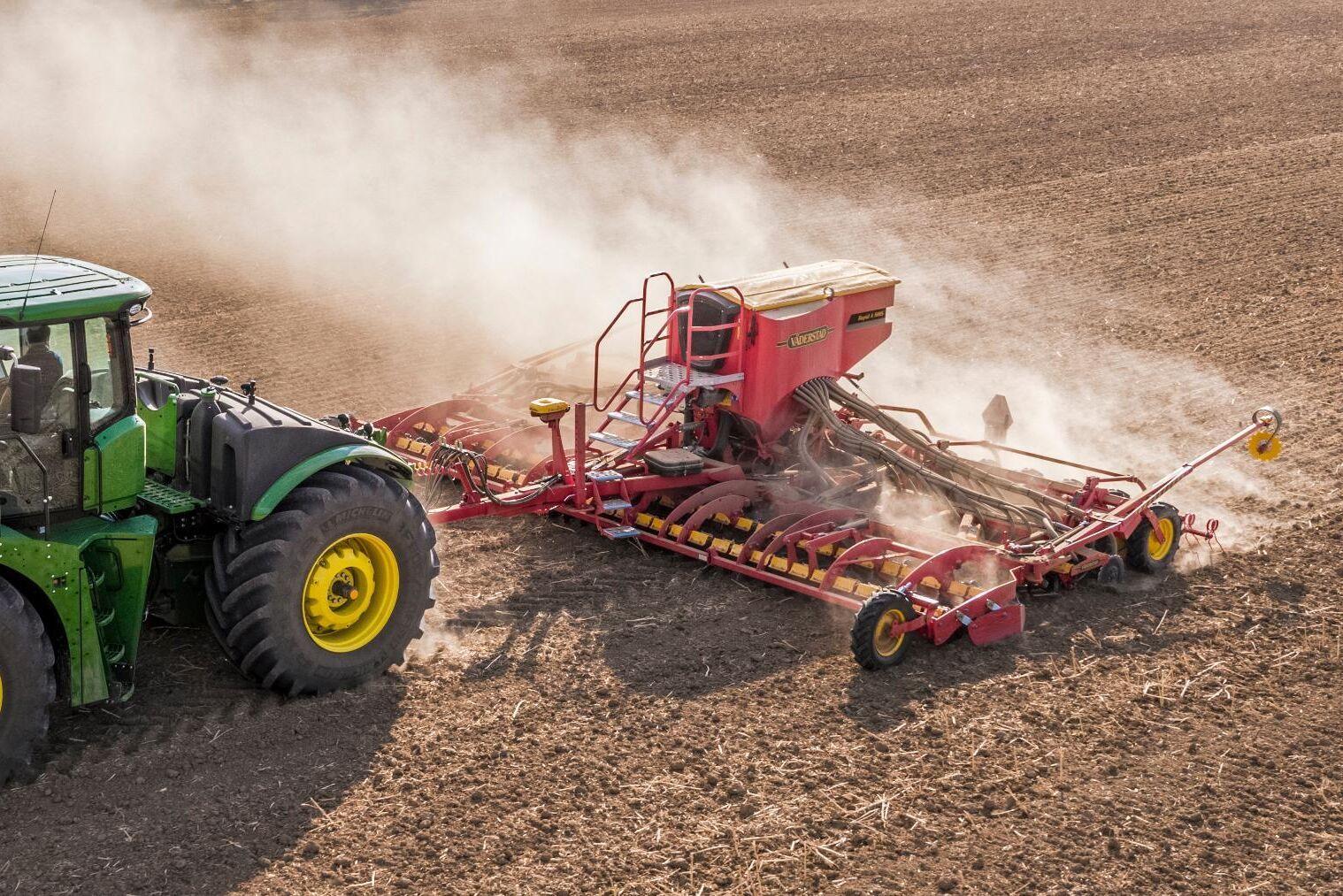 Det nya styrprotokollet ska göra det ännu enklare att variera utsädet och gödselgivan med hjälp av externa kartor.