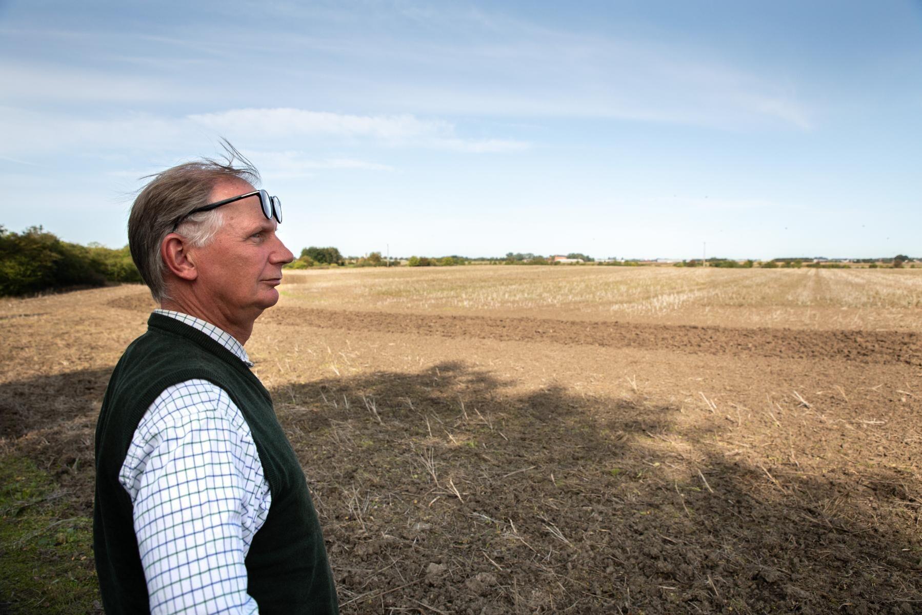 Här undersöker man nu om det går att anlägga bevattningsdammar på upp till 600 000 kubikmeter. Vattnet ska även kunna användas av andra odlare.