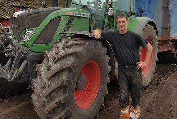 Erik Jansson väljer bort höstrapsen och satsar på potatis och morötter.