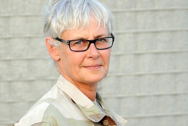 """""""Vi har ett stort rekryteringsbehov och vill inte missa viktig kompetens"""", säger Helena Hoffman, HR-specialist inom jämställdhet och jämlikhet på Försvarsmakten."""