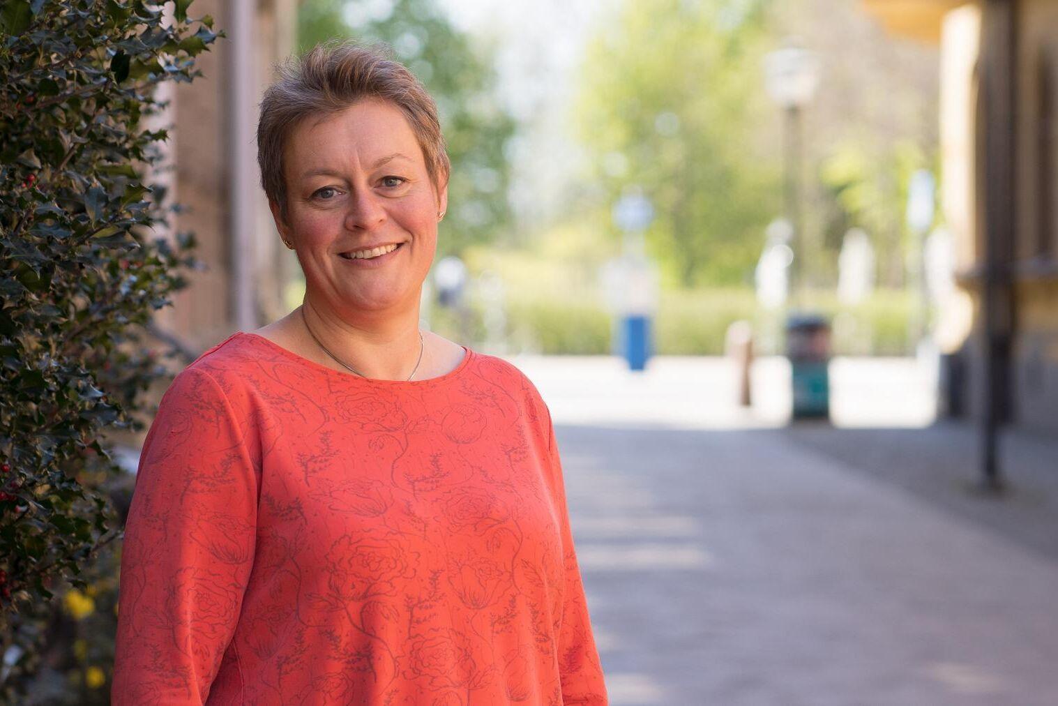 Annette Linander (C) medger att det geografiska området blev något större än vad hon från början hade tänkt sig, men framhåller fördelen av att regionen nu har något att mäta mot.