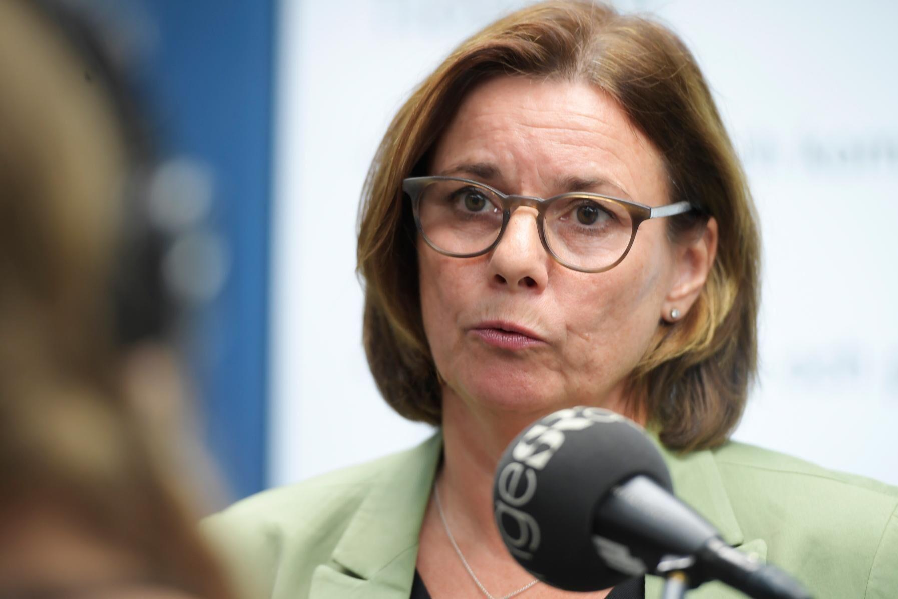 Miljöminister Isabella Lövin (MP) KU-anmäls. Arkivbild.