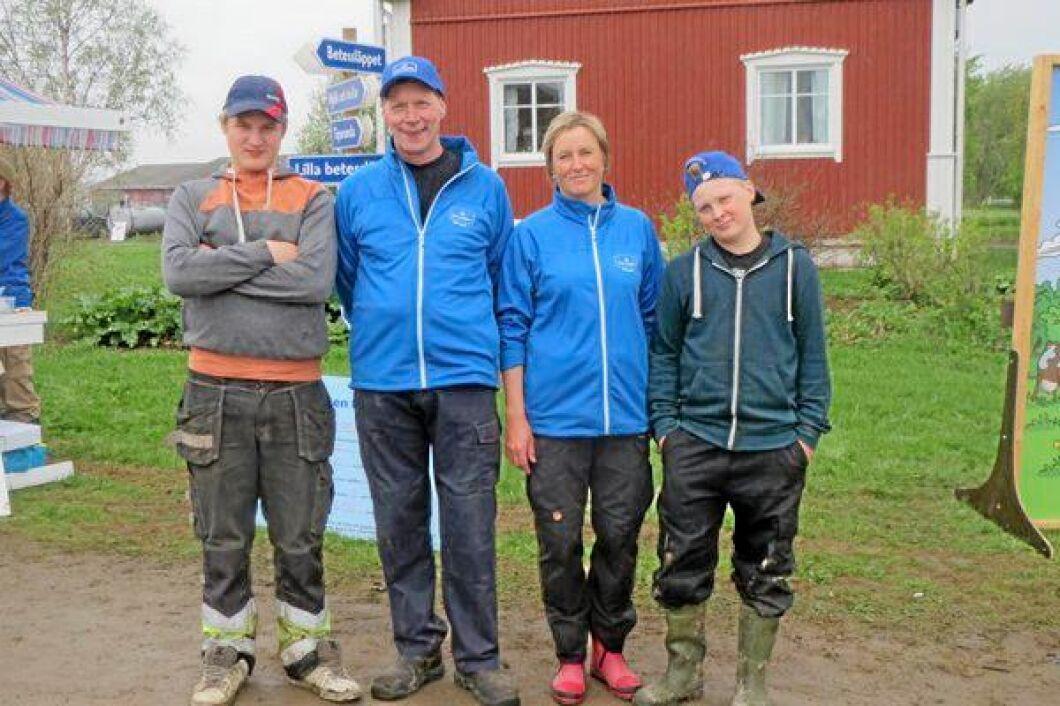 Per Pesula i Övre Kukkola norr om Haparanda driver jordbruk med mjölkproduktion som huvudinriktning. Han har erbjudits tröskhjälp från grannar i Finland för att klara skörden, men nu är det stora problemet att hitta plats för att torka grödan.
