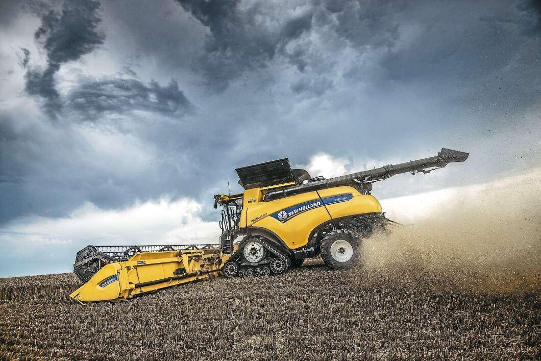 Till 2019 uppgraderar New Holland sina CR-modeller med ett nytt optimeringssystem som innebär att tröskan sköter alla inställningar själv efter en av fyra strategier.