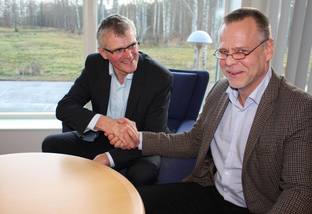 Carsten Klausen har utsetts till ny tillförordnad VD och Johan Nordenblad tvice VD.