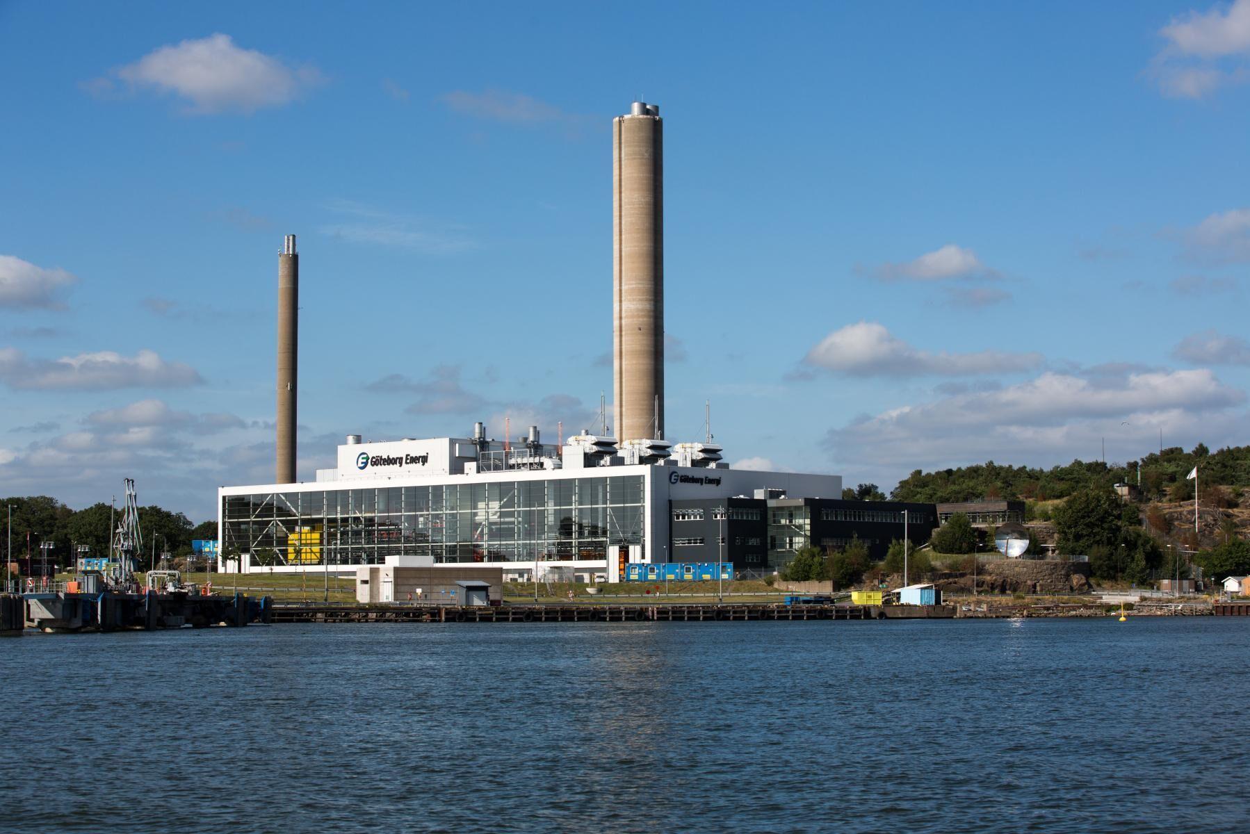 Om skatten på vissa biooljor försvinner underlättas utfasningen av fossil olja elproduktionen i kraftvärmeverken, menar Energiföretagen Sverige, Svebio och biooljeleverantören Canoil AB.
