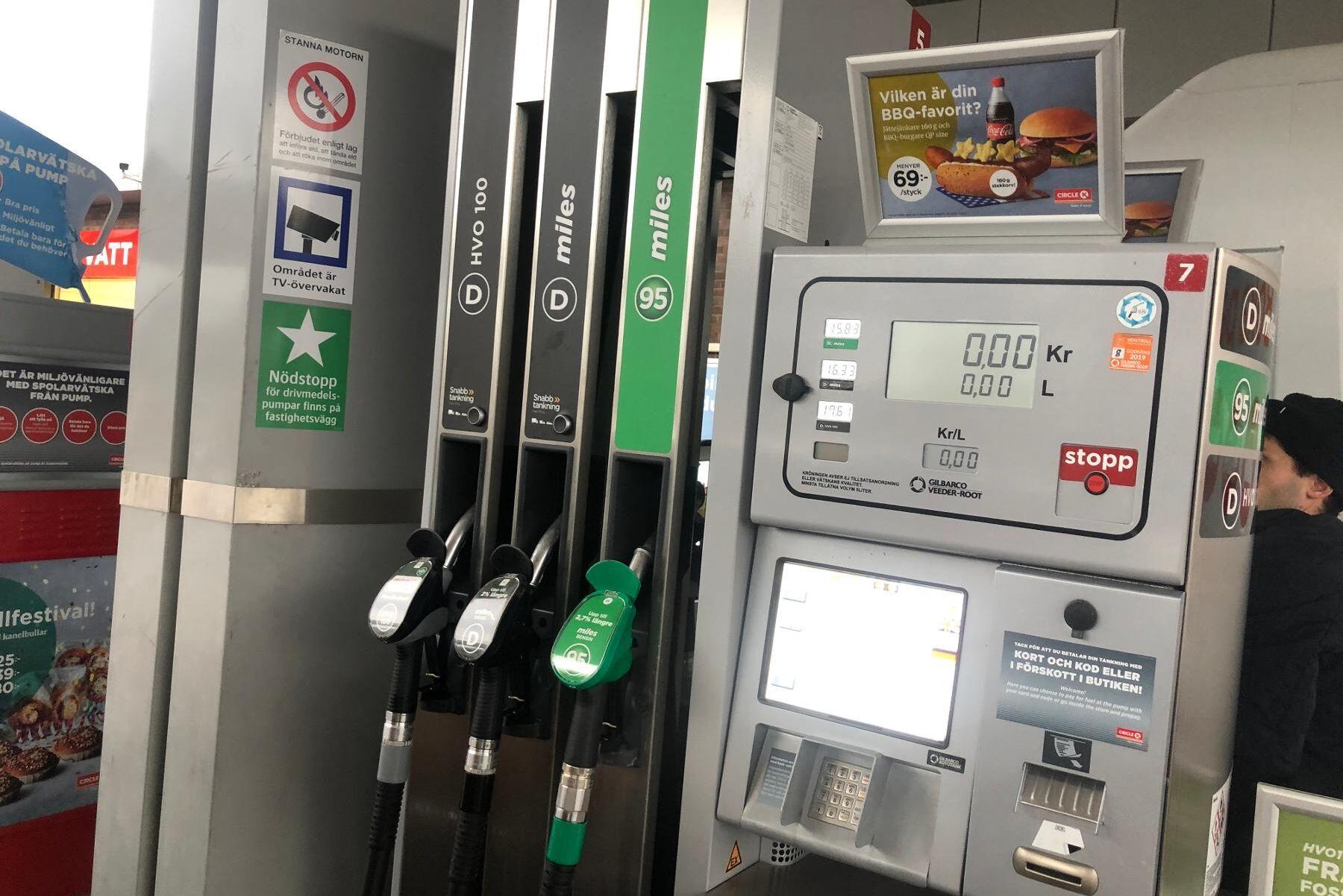 Nu blir det billigare att tanka HVO-100 vid Circle K:s pumpar. Arkivbild.