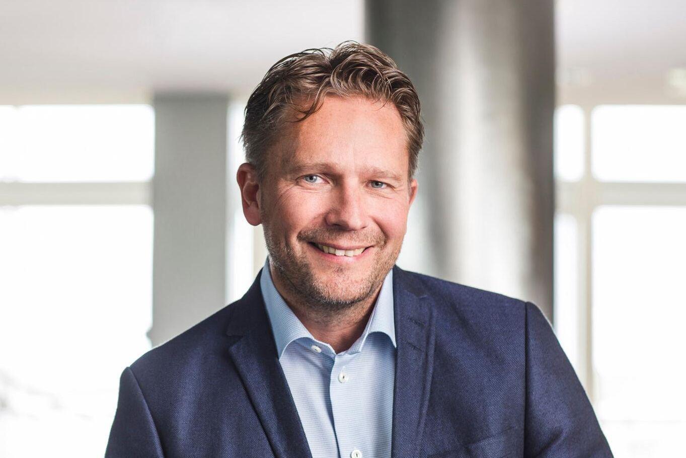 """""""Nu ser vi klara tecken på att den globala NBSK-marknaden stärks"""", säger Henrik Wettergren."""