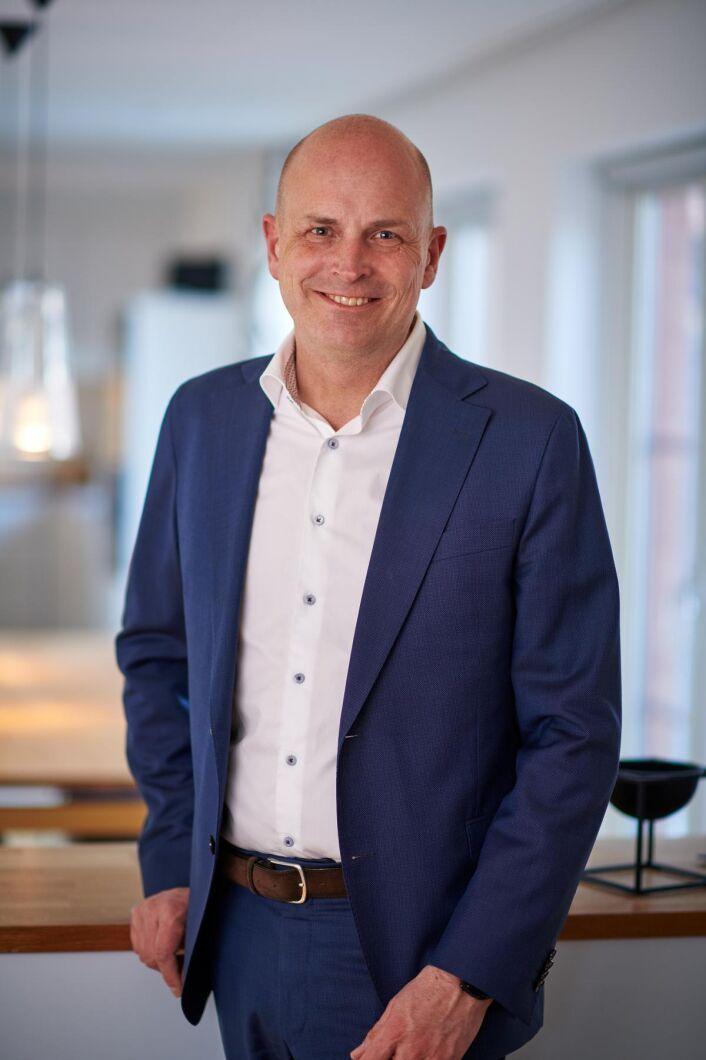 """""""Vi processar bara svenskodlad spannmål. Det är viktigt för oss"""", säger Hans Holmstedt som är vd för Abdon Food."""