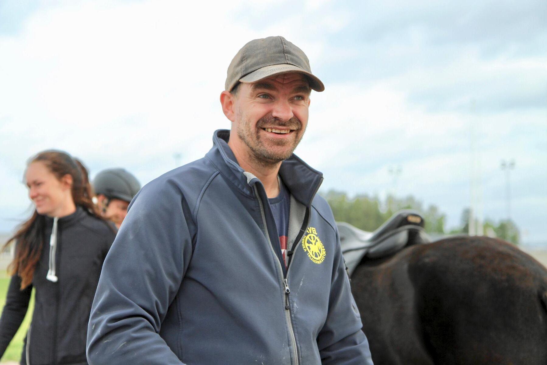 – Det ska se lätt ut när man rider, hästen ska ha lätt för att tölta och trava, öka och minska tempot. Att allt är så enkelt som möjligt är den stora trenden nu, säger Heimir Gunnarsson, avelsledare vid Svenska Islandshästförbundet.