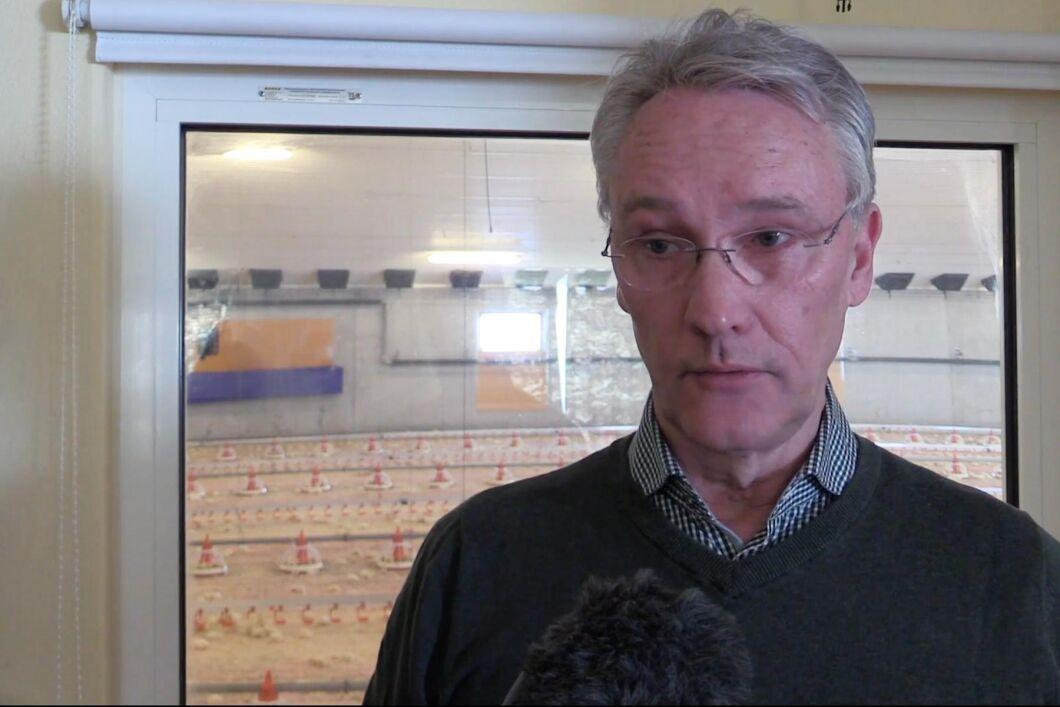 Henning Trozelli, kycklinguppfödare och ordförande i Kronfågels uppfödarförening.