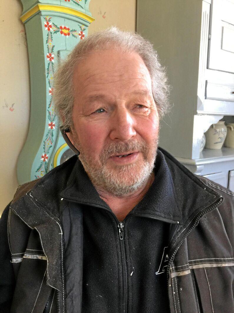 – Det jag ser nu är att vi bönder lånar pengar till en hög ränta, som vi sen lånar ut till Norrmejerier till ingen ränta, säger Petter Pettersson.
