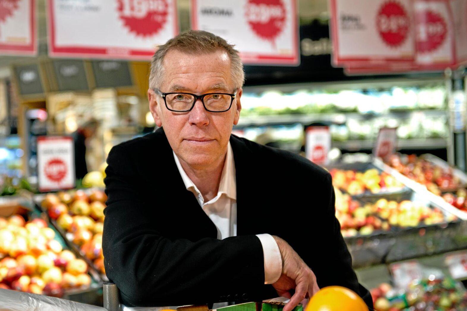 Claes Salomonsson är presschef på Axfood som levererar till Hemköp och Willys.