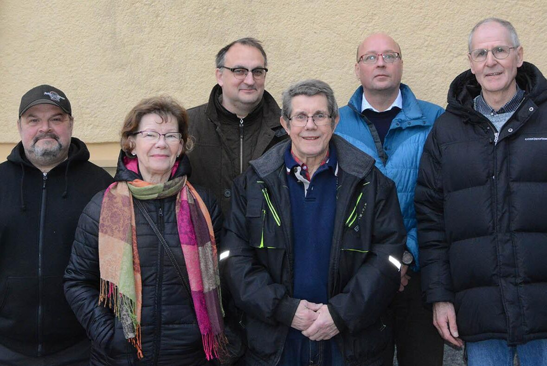 Odlarna som nu slutit sig samman i en producentförening för att utveckla odlingen av allåkerbär i Västerbotten och Norrbotten.