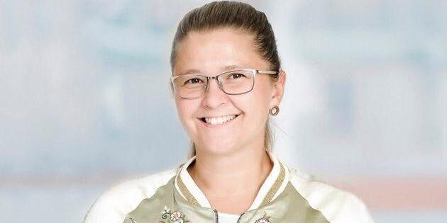 Emma Rost lämnar Lövsta Stuteri för nytt jobb på pr-byrå.