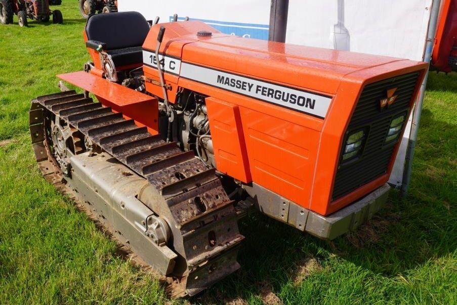 Massey Ferguson 154C med 1681 timmar på mätaren