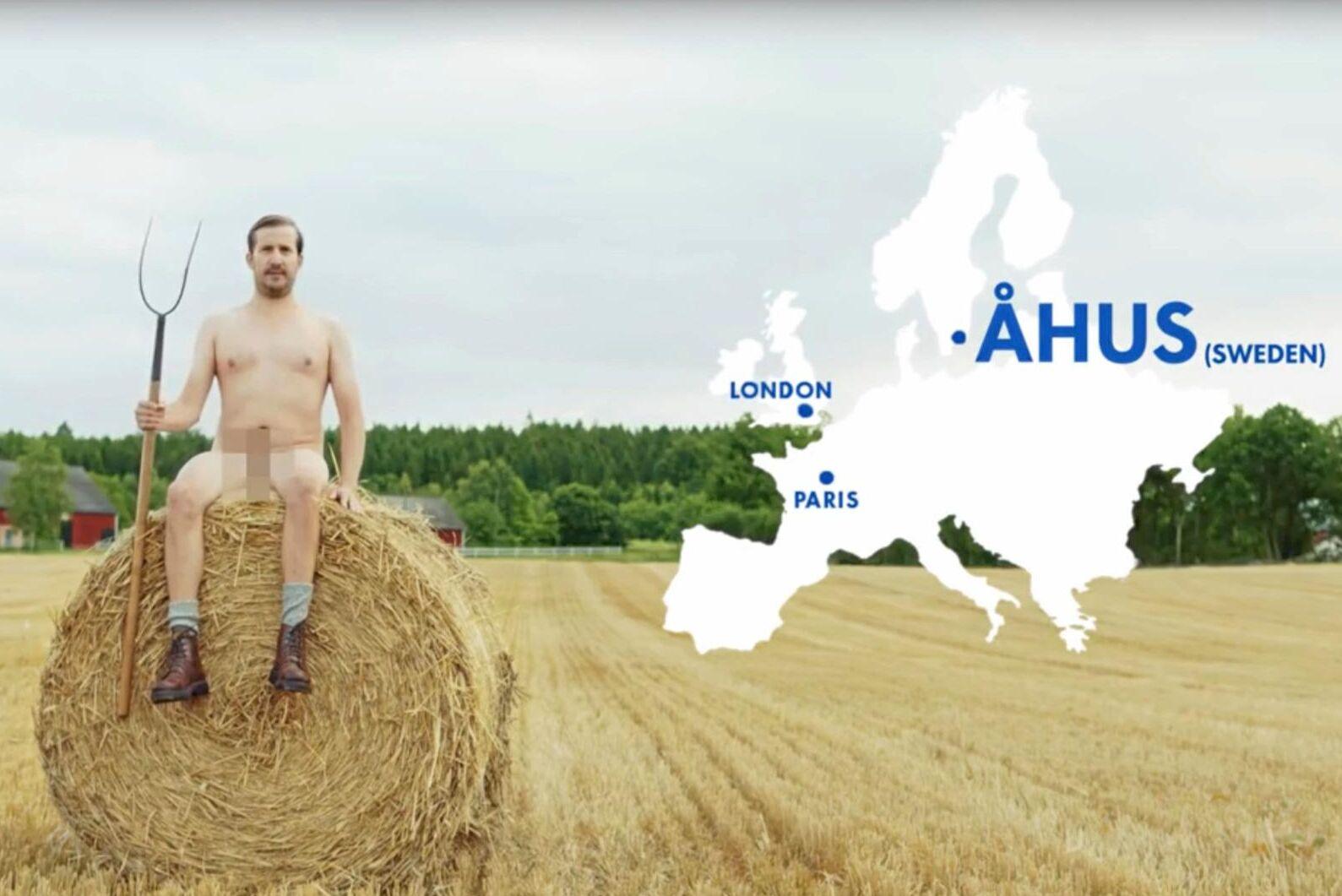 I sin reklamfilm hävdar Absolut att vetet kommer från Åhus. Men det är inte sant.