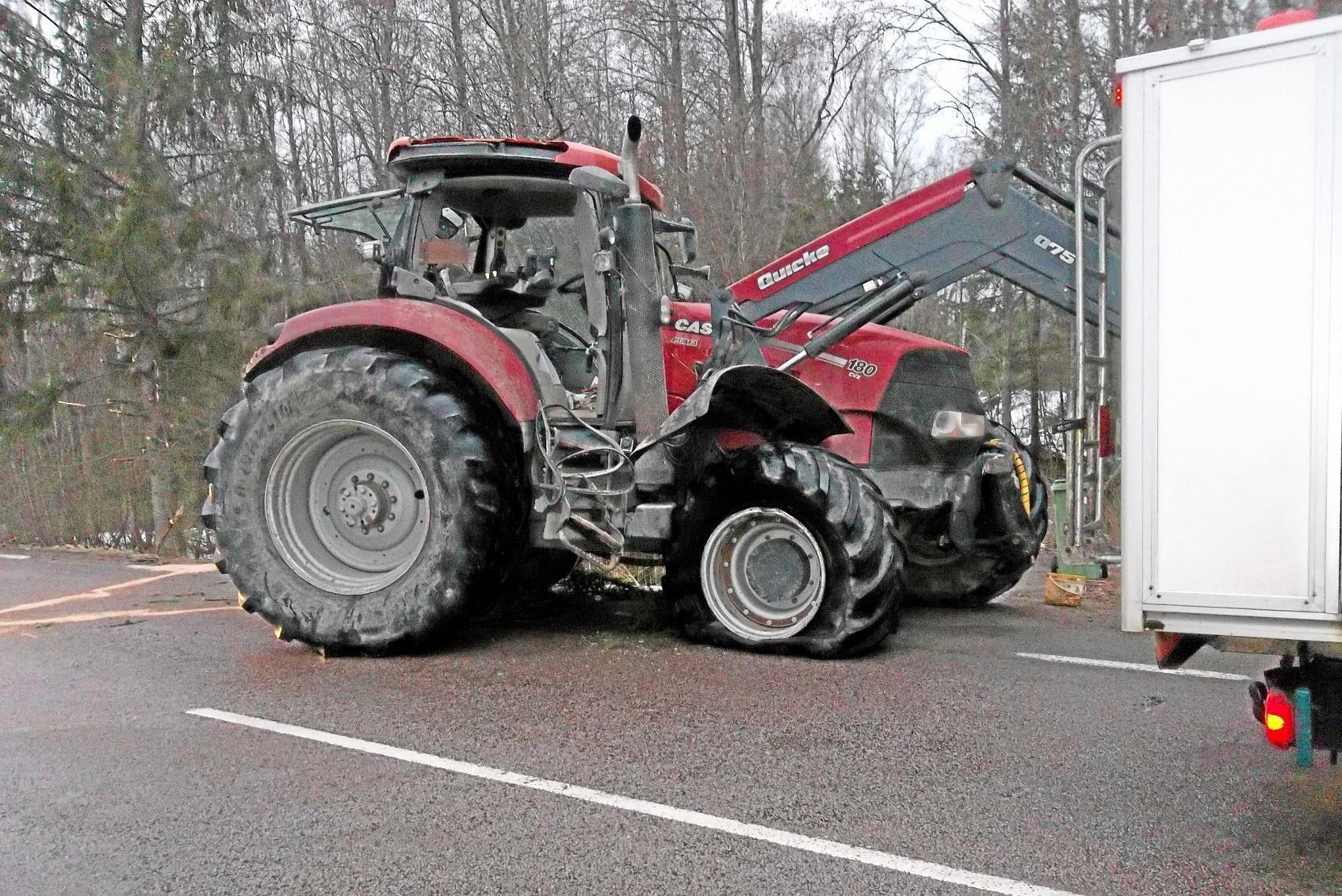 När traktorn kom till verkstaden var felkoderna så många att det inte gick att avgöra vad som orsakat haveriet.
