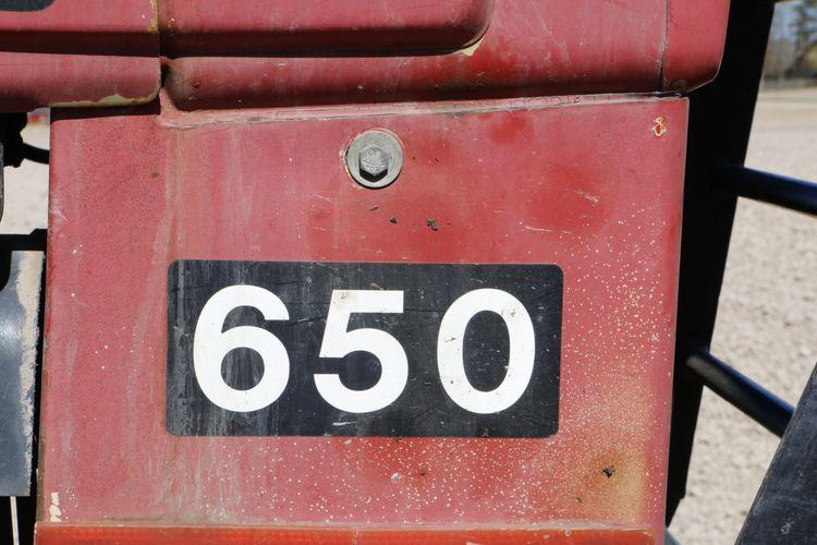 Volvo BM 650 får också vara kvar som spruttraktor.
