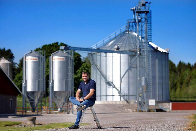 Äggproducenten Erik Wilhelmsson på sin grådsplan.