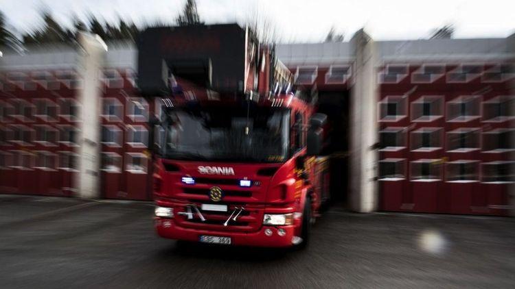 Storbrand på två gårdar i Skåne – allmänheten varnas