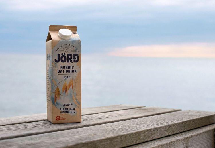 JördArla satsar på ekologisk svensk havre i sin nya havredryck Jörd.