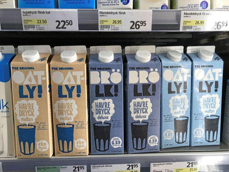 Oatly har varumärkesskyddat namnen brölk, pjölk och trölk och säljer nu produkter under dessa namn.