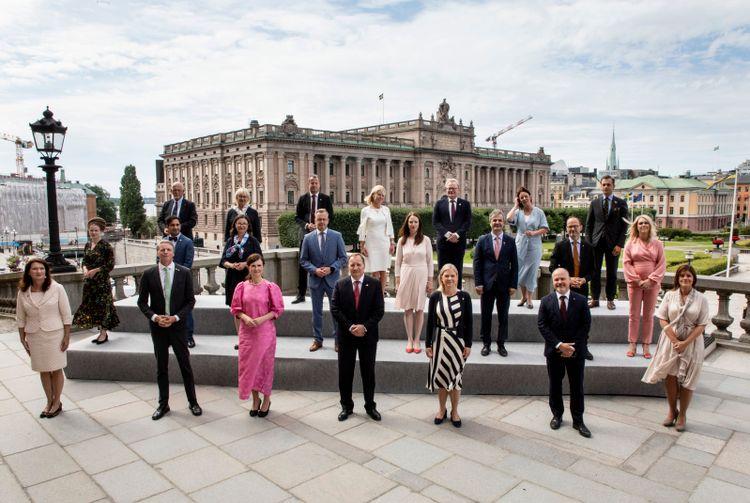 Gruppbild på den regering som anmäldes 9 juli 2021.